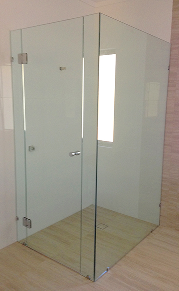 10mm Frameless Shower Screen