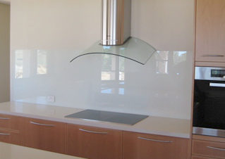feature splash back